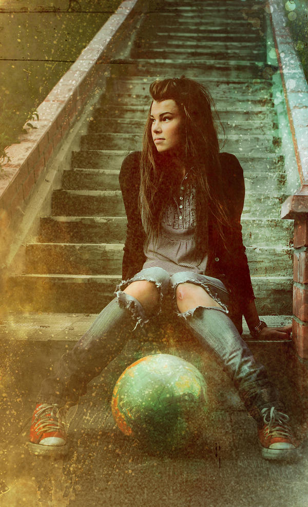http://fc01.deviantart.com/fs47/i/2009/204/9/d/on_the_stairs_by_Anti_Pati_ya
