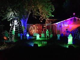 2013 Halloween display by Threedayslong