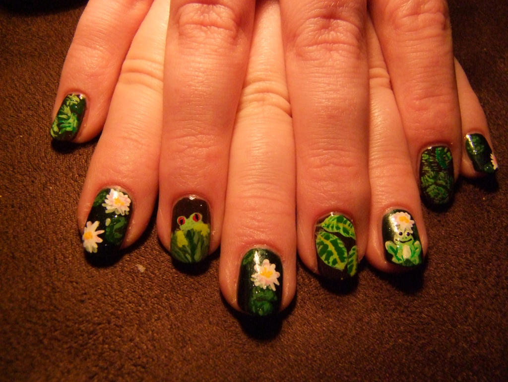 Frog Nail Art by Lyralein on DeviantArt