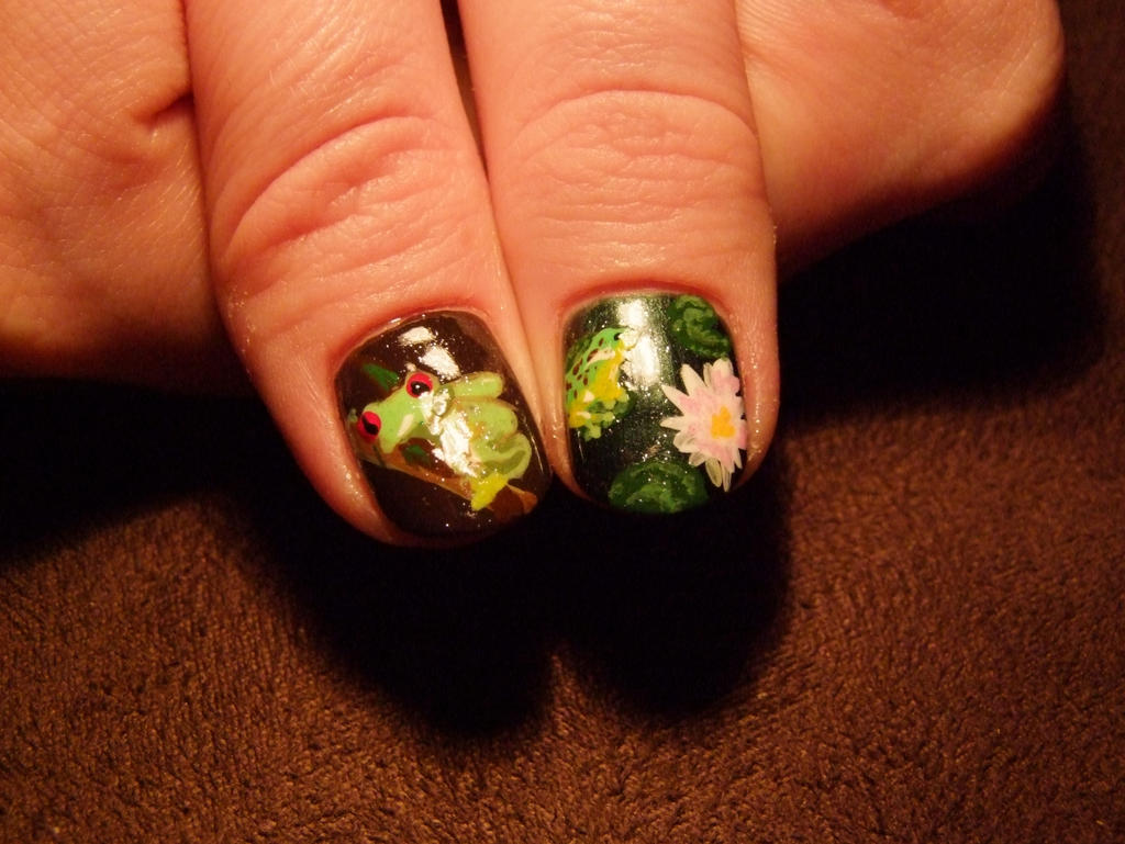 Frog Nail Art - thumbs by Lyralein on DeviantArt