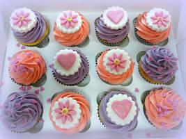 Cupcake Love by cakesbylorna