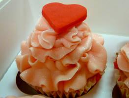 Love by cakesbylorna