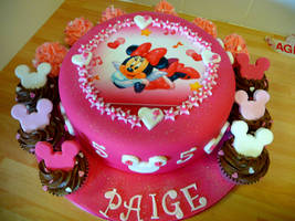Minnie Mouse Cake by cakesbylorna