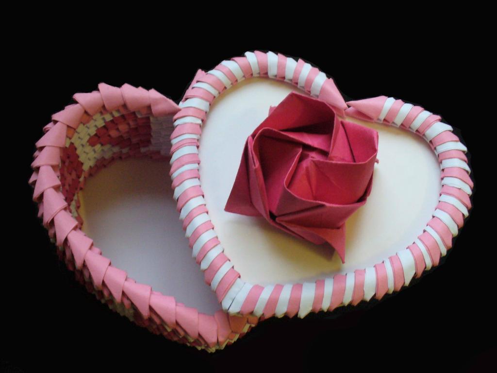 3d origami heart box by pandas55 on deviantart 3d origami heart box by pandas55 jeuxipadfo Gallery