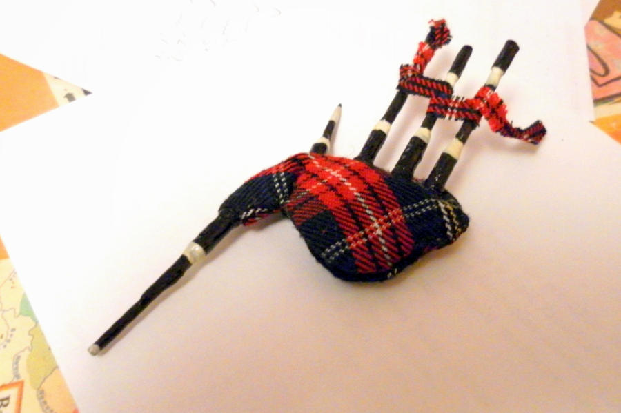 Smallpipe, Shuttlepipes, Miniature Pipes and Other Bagpipe Reeds