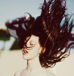El pelo al viento by ennil