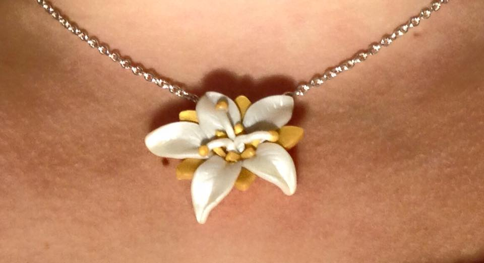 Floral Necklace - Pearl and Gold