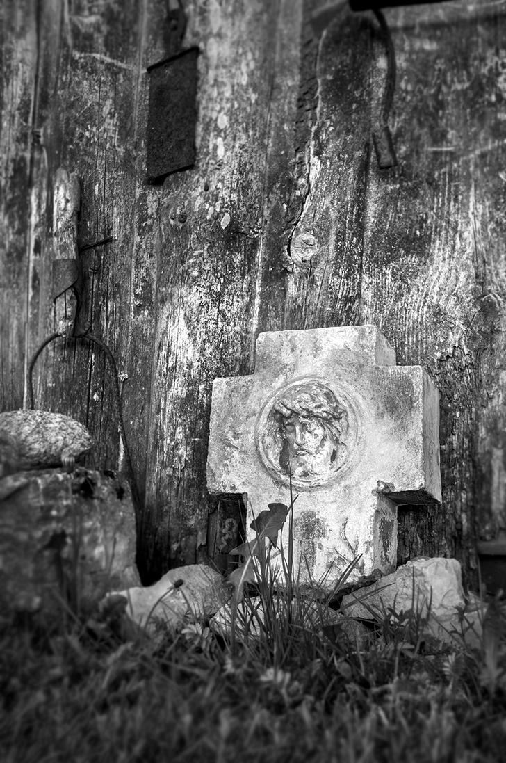 old cross by kaltas