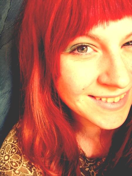 http://fc02.deviantart.com/fs47/f/2009/249/1/9/Miss_Haslerka_by_missHaslerka.jpg
