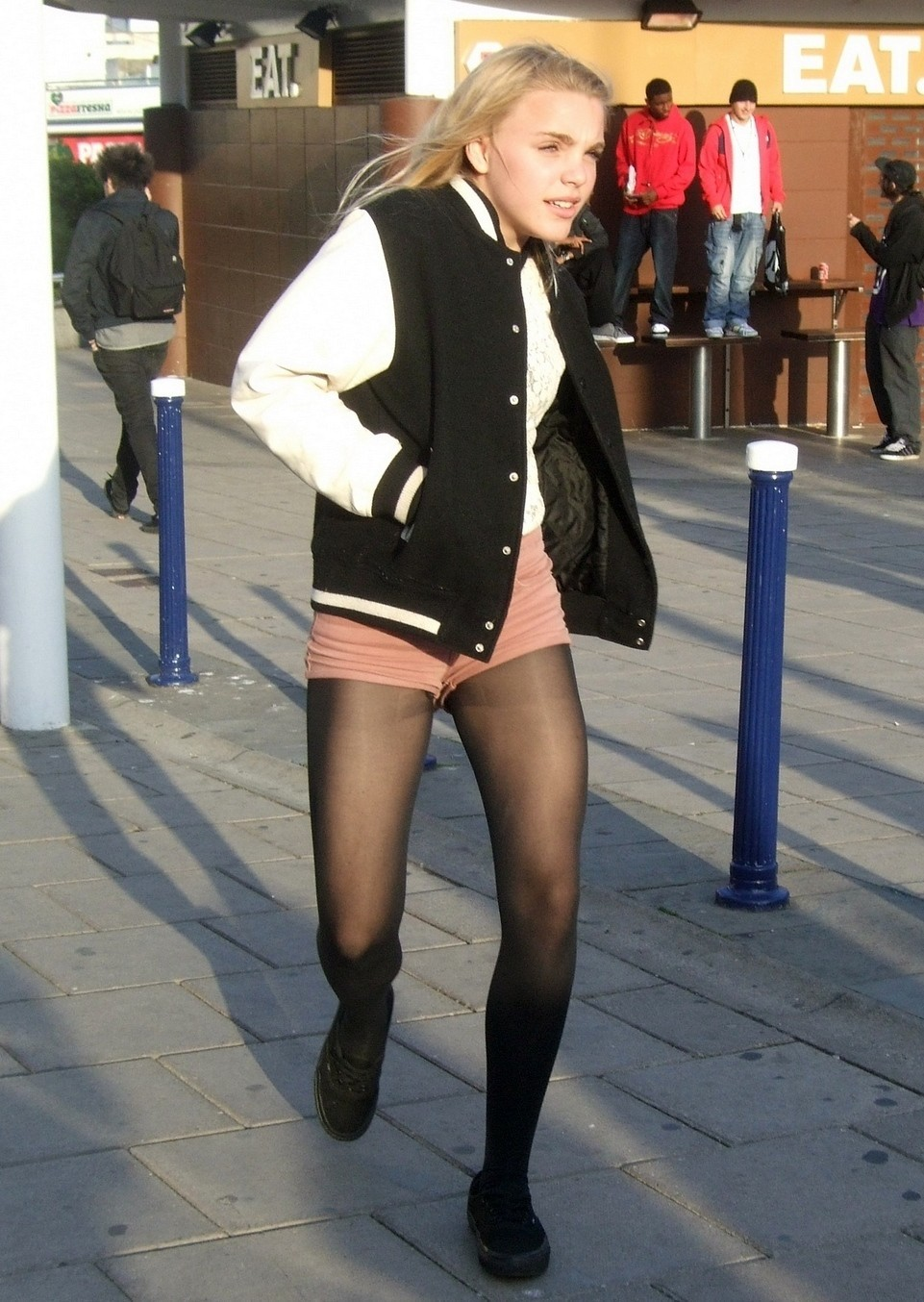 Candid Teens In Pantyhose