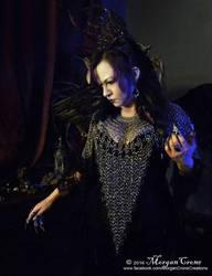 Queen of the Corvids Costume 8