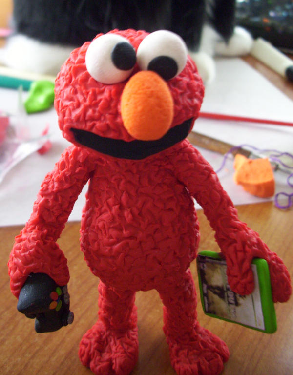 Elmo smokes crack by ryliecat