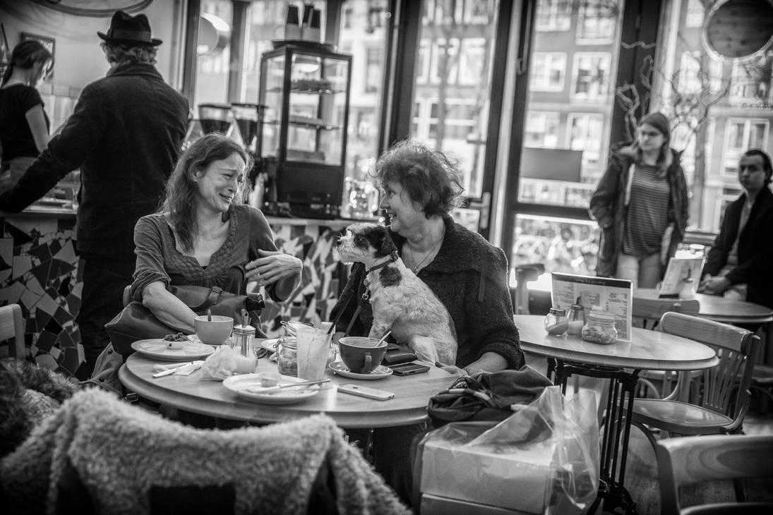 Happy Cafe by niklin1