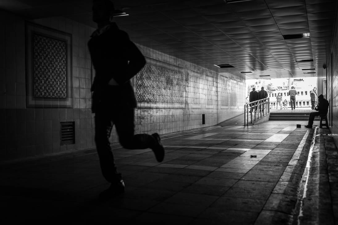 On the Run by niklin1
