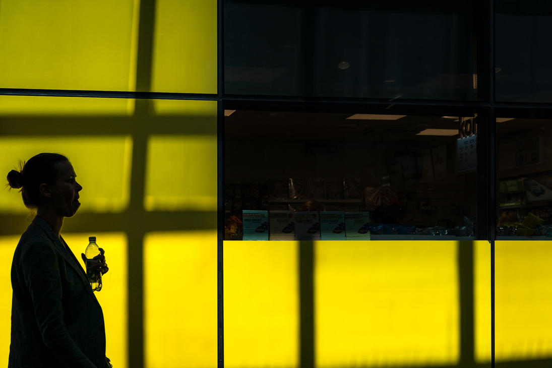 Yellow Squares by niklin1