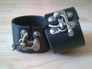 latch cuffs