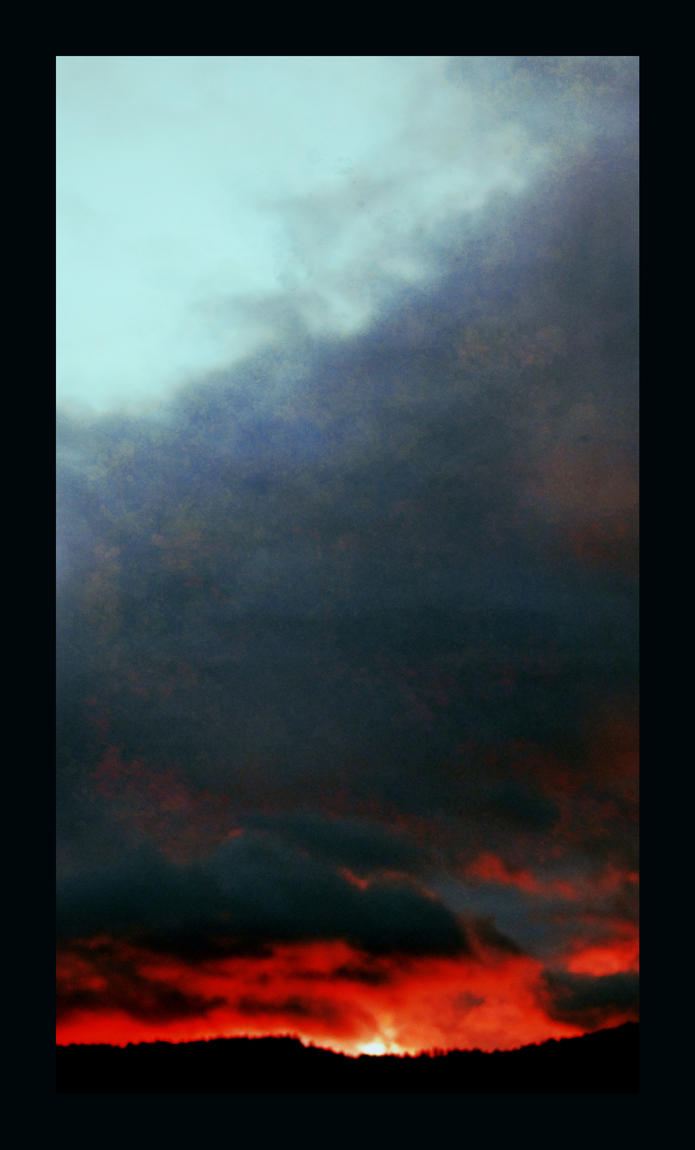 apocalypse sky by KittyDarklore