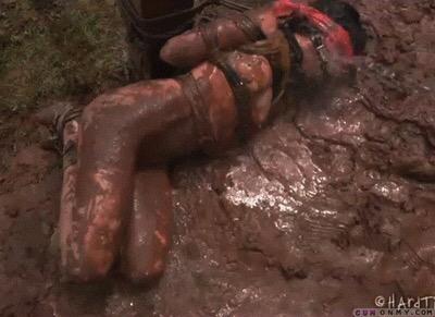 Take a bath  by Quicksandgoddess