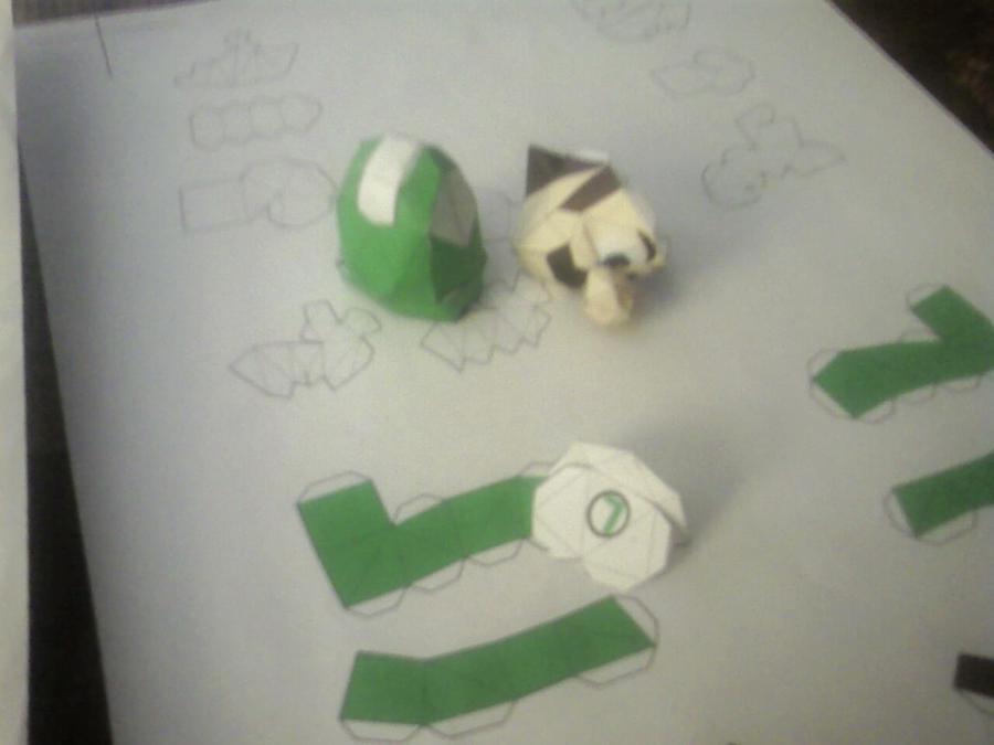 Fire Luigi Paper Model by gpsc