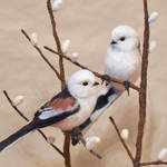 Needlefelted Long-tailed tits