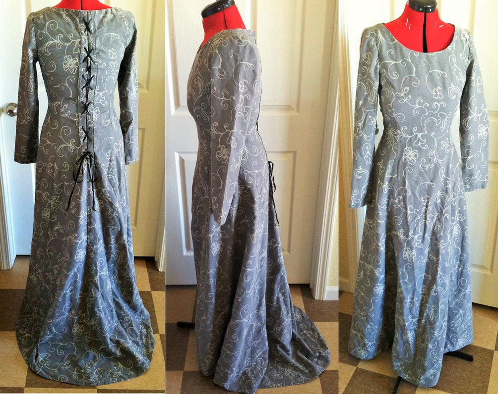 Grey Gown by Erzsabet