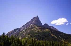 Mountain Peak by Erzsabet