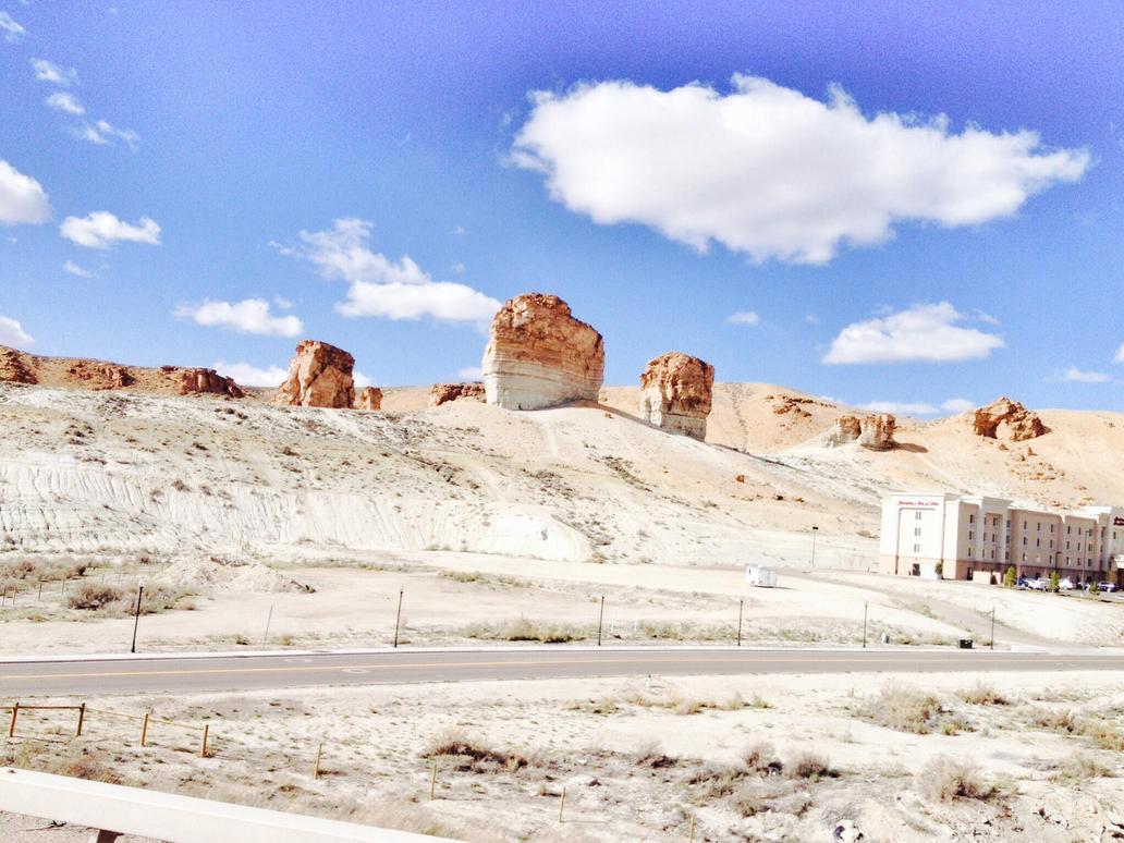 Utah's Beautiful Scenery by Jasminepearls