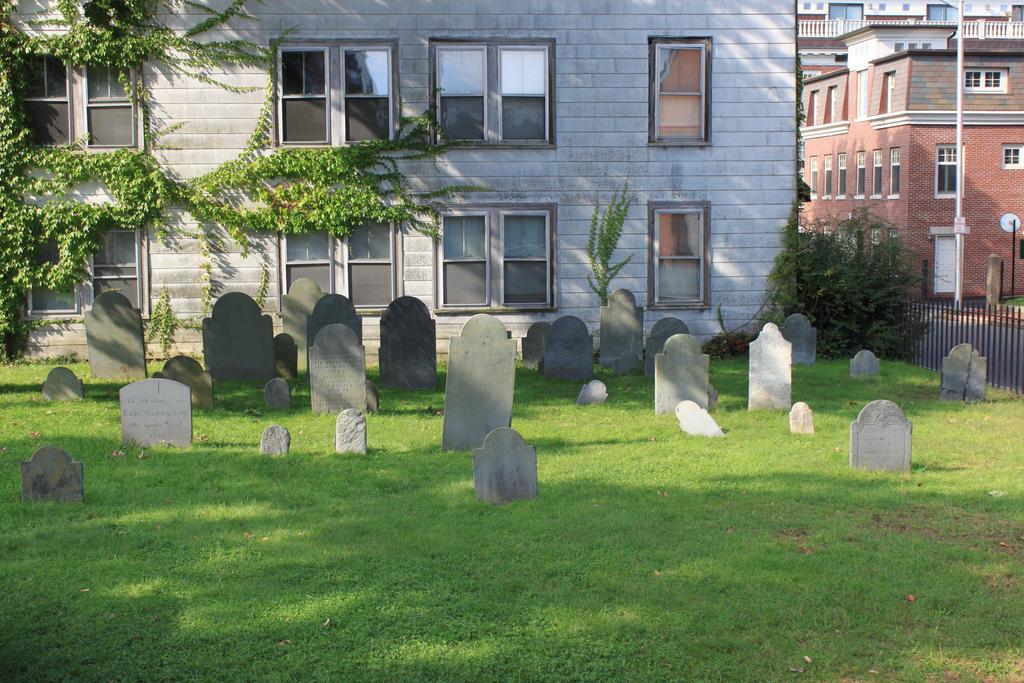 Graveyard by Hjoranna