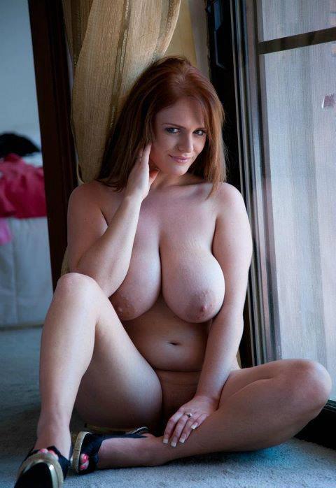 голые девушки с большими сисями
