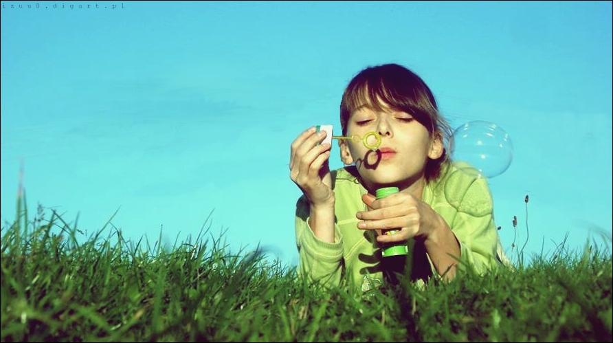 Among the green grass... by izuu0