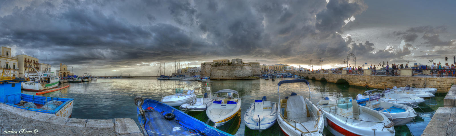Gallipoli-Harbour