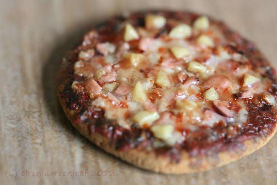 1/12th scale Hawaiian Pizza by ElreniaGreenleaf