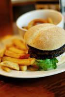 Burger by spr33
