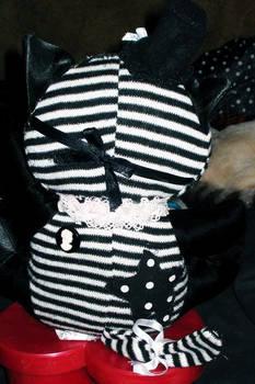 Gothic Lolita Cat back
