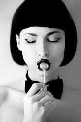 dead girl's taste by JuliaDunin