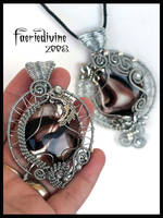 Madfairy's pendant by Faeriedivine