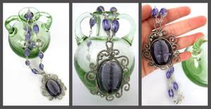 Simply violet by Faeriedivine