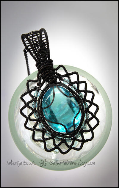 Blue in Black pendant by Faeriedivine