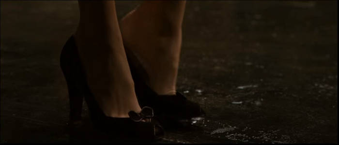 Lois Lane's Foot 3