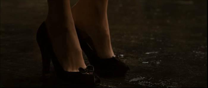 Lois Lane's Foot 10