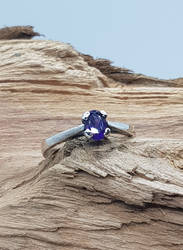 Oval Amethyst Ring by Umbaca