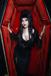 Elvira, Mistress of the Dark by elenasamko