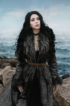 Yennefer Netflix Cosplay
