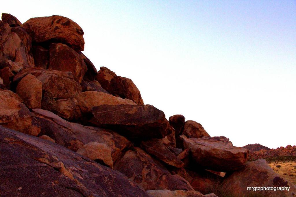 rocks  by MrGutierrez
