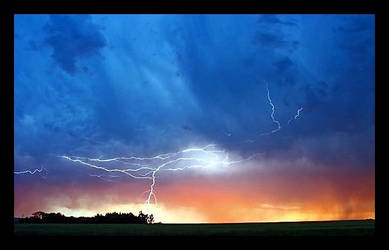 Sunset and Lightening by CaroleLee