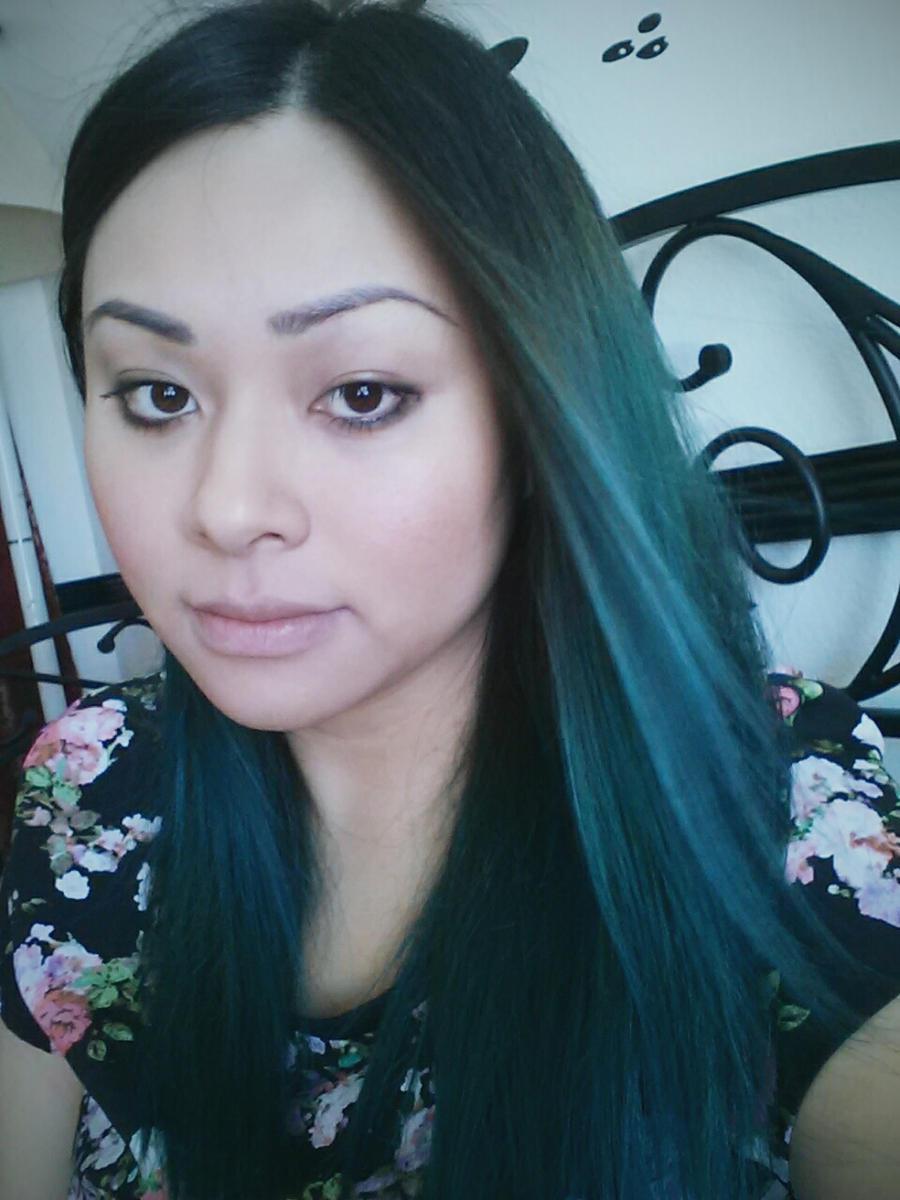 EmiNguyen's Profile Picture