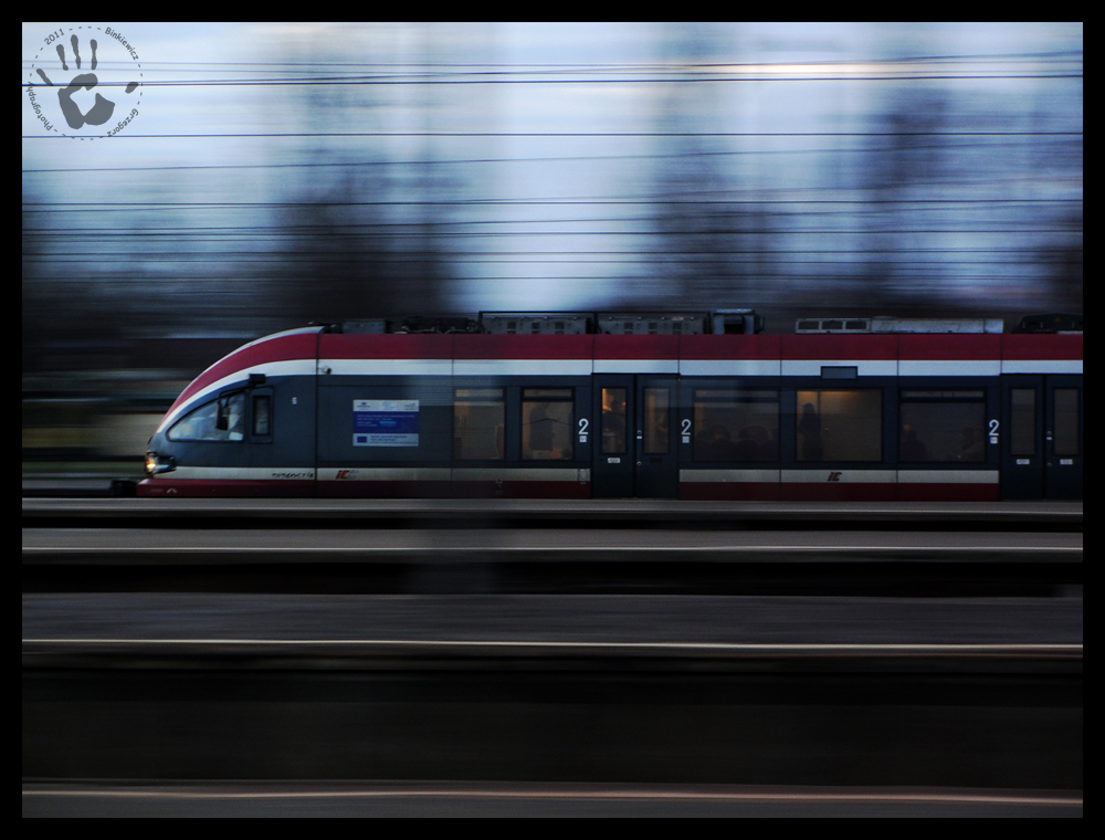 Speed Train by Bieniek