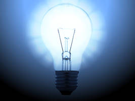 Fun with lightbulbs by lilbitgimpy