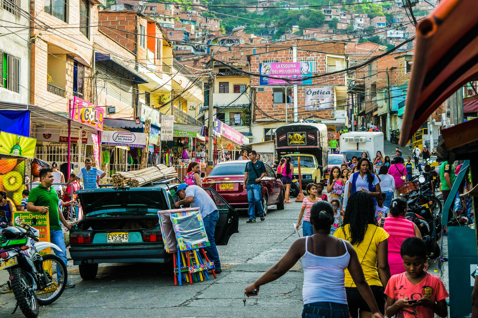 medellin chat Medellín, capital of antioquia chat idioma colombia families and generally all visitors find many options for fun and entertainment in medellin.