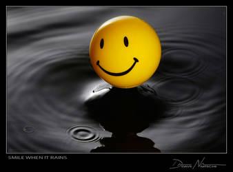Smile when it Rains by Davenit